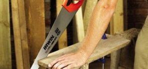 Как правильно пилить ножовкой по дереву